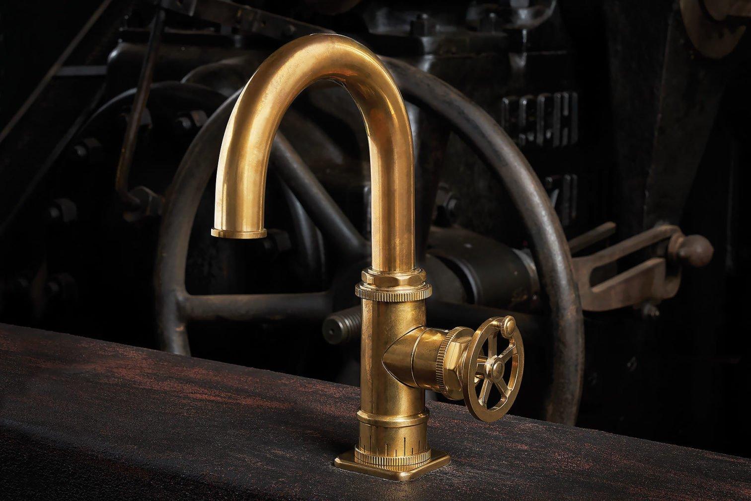 CF Steampunk Bay 8609 W BBU horizontal