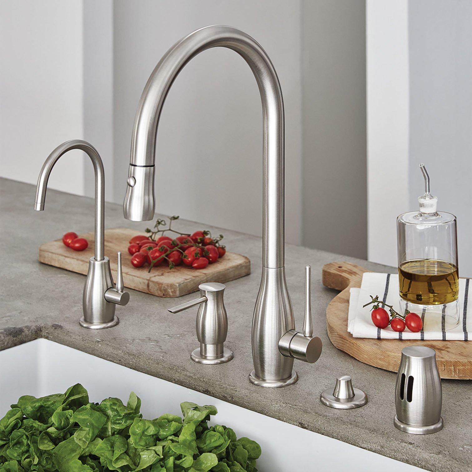 Kitchen series Rosolina ensemble on sink