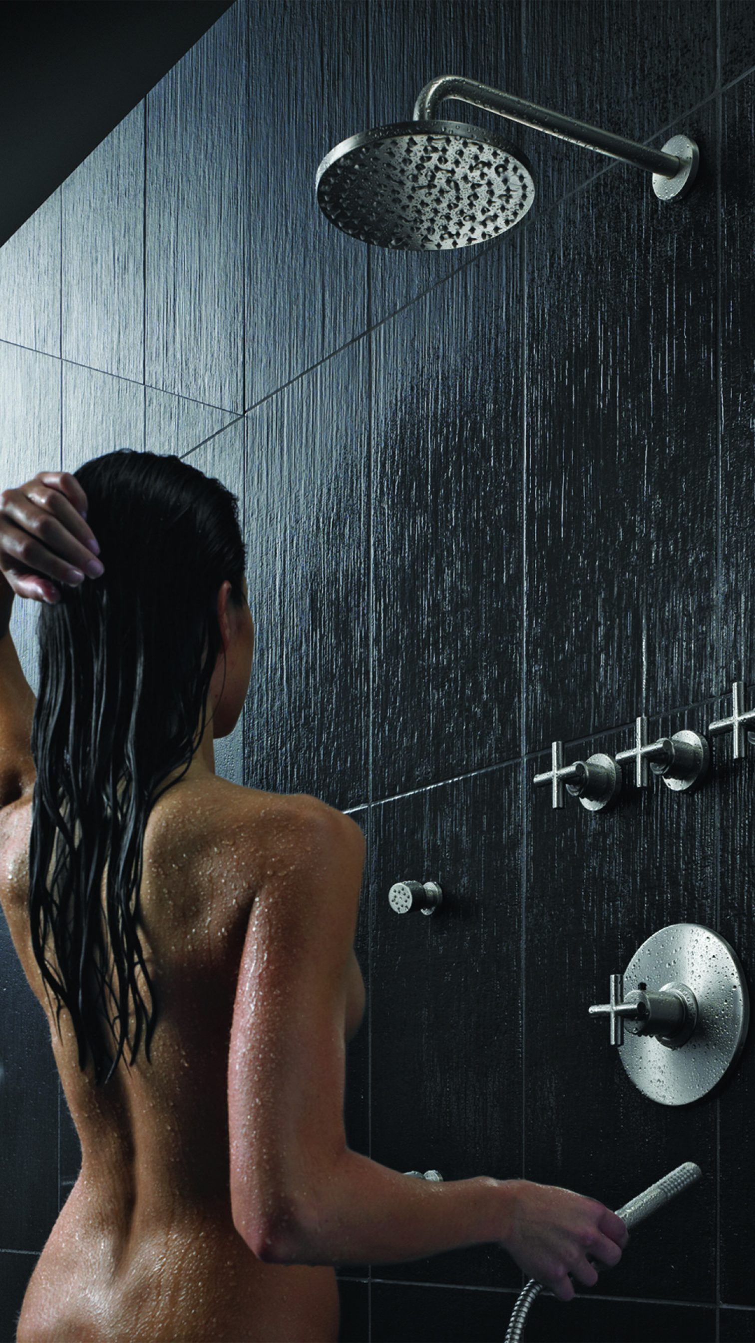 Woman in StyleTherm Shower