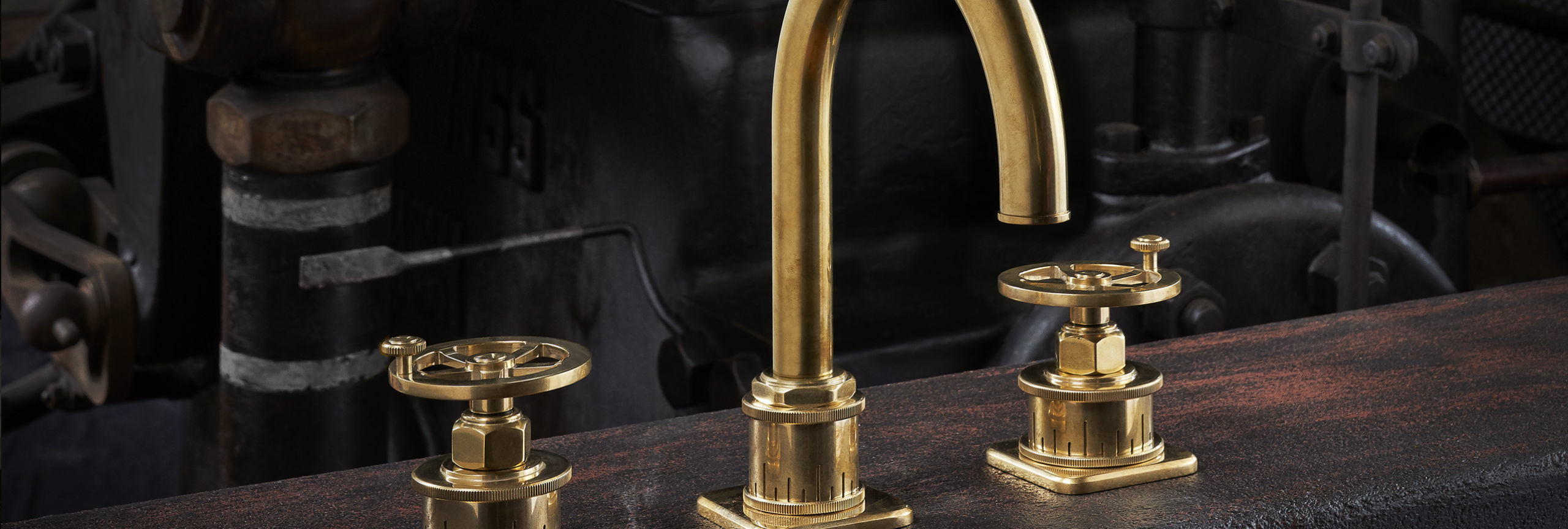 Bathroom series steampunk bay widespread faucet with wheel handles
